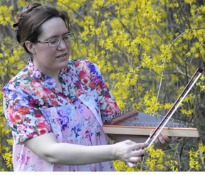 Playing the bowed psaltery